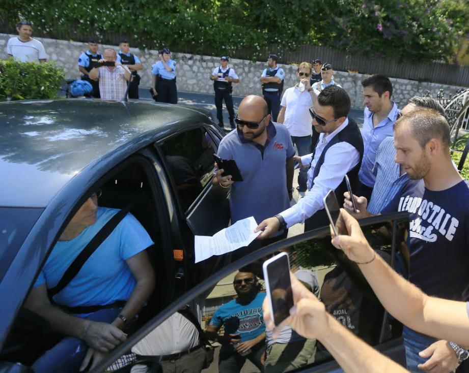 Les taxis azuréens ont passé une fausse commande à un chauffeur UberPOP.