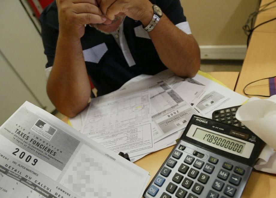 La hausse des impôts - 29093989.jpg