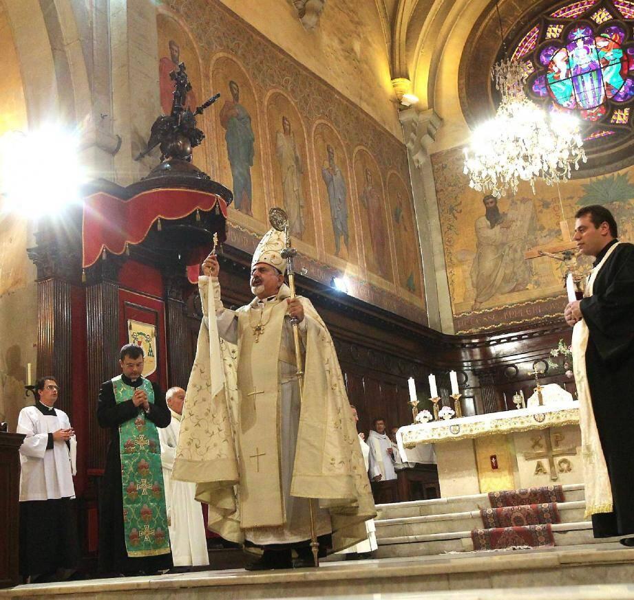 Sa Béatitude Ignace Joseph III Younan a célébré une messe en la cathédrale de Toulon hier soir.
