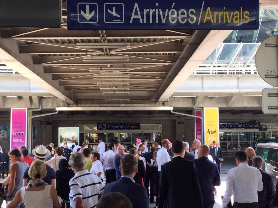 Le T2 de l'aéroport de Nice a été évacué pendant 30 minutes à cause d'une valise abandonnée