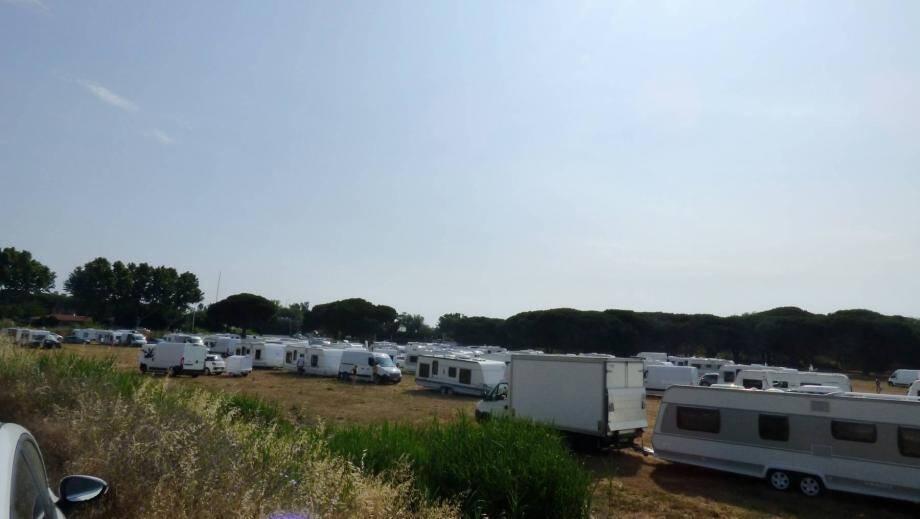 Les gens du voyage sont arrivés samedi à La Foux à Gassin