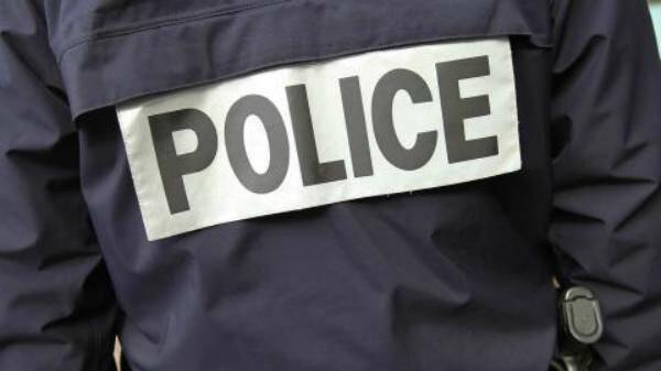 Illustration policier de dos