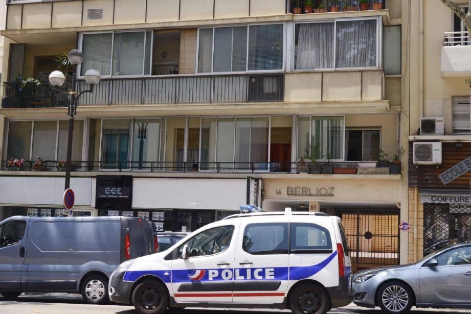 C'est dans cet immeuble situé au 51 boulevard Carnot que s'est noué le drame, dans la nuit de dimanche à lundi.