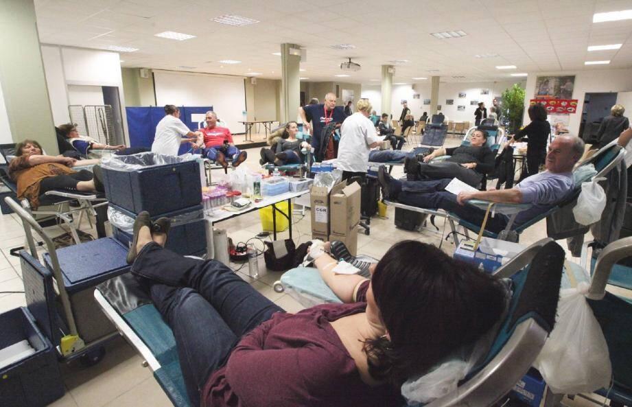 Photos d'illustration d'un don de sang