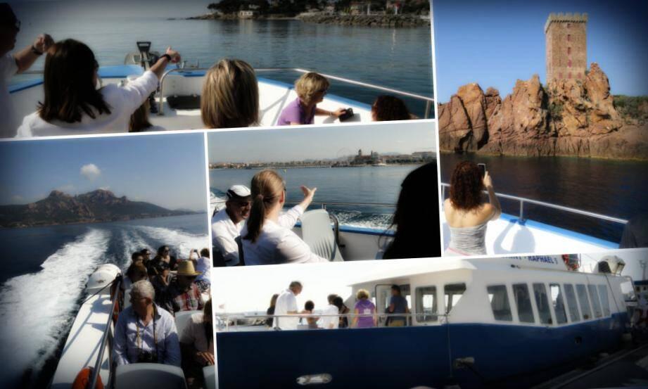 Chaque mercredi matin de juillet et août de 9 h à 11h30, l'office fréjusien propose aux vacanciers une mini-croisière pour admirer les beautés de Fréjus et Saint-Raphaël depuis la mer