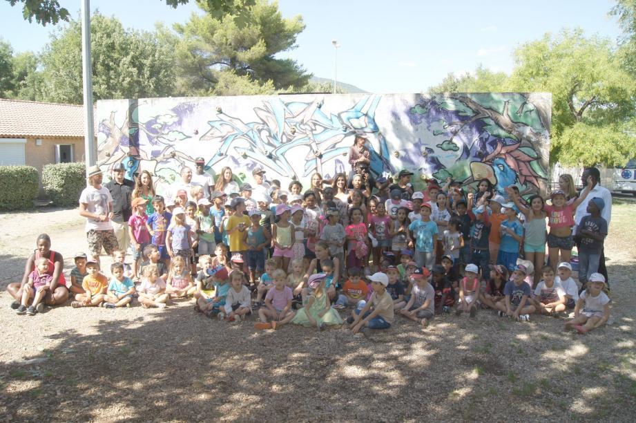 Les 120 enfants âgés de 3 à 12 ans ont fêté la fin des vacances estivales.