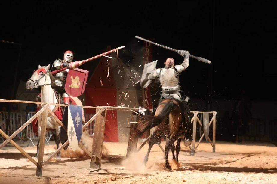 Le spectacle de chevalerie emmené par la compagnie Drakonia se joue une nouvelle fois ce soir, à 18 heures.