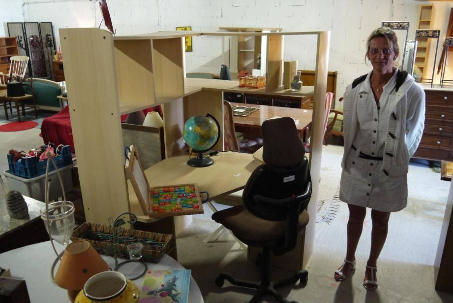 Il est possible de dénicher des bureaux en très bon état pour meubler sa chambre d'étudiant.