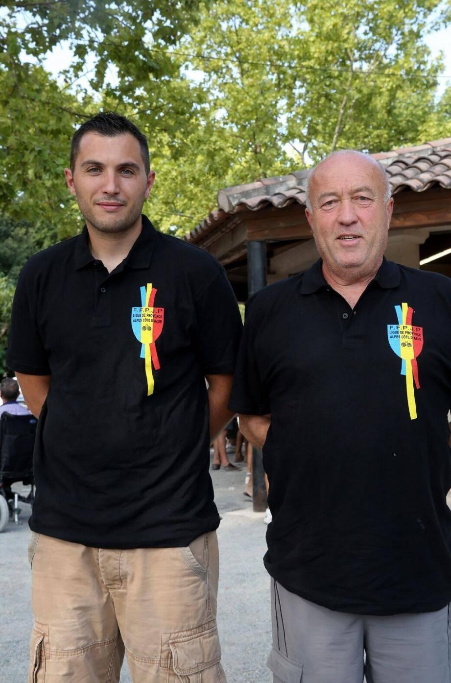 Sébastien Lécole et Claude Veinard porteront les couleurs du centre Var au championnat de France de jeu provençal qui se déroule à partir de vendredi à Montauban.