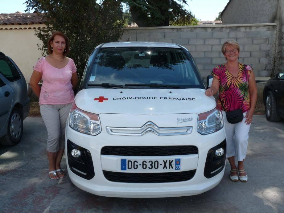 Nathalie Cano et son adjointe Marie-France Semperlotti ont décidé d'accueillir les nécessiteux durant toute la période estivale.