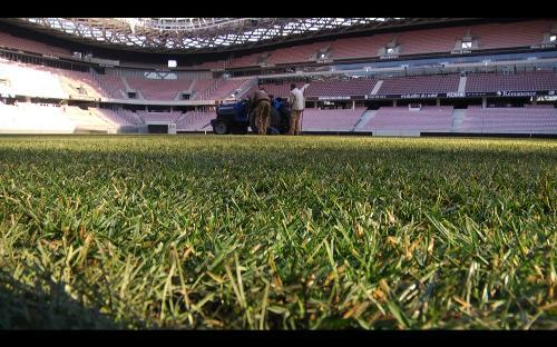 La pelouse de l'Allianz Riviera à Nice reste encore la plus mal notée de Ligue 1