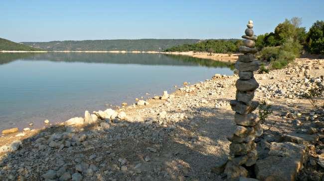 lac sainte crois salles sur verdon plage libertine naturiste 150823