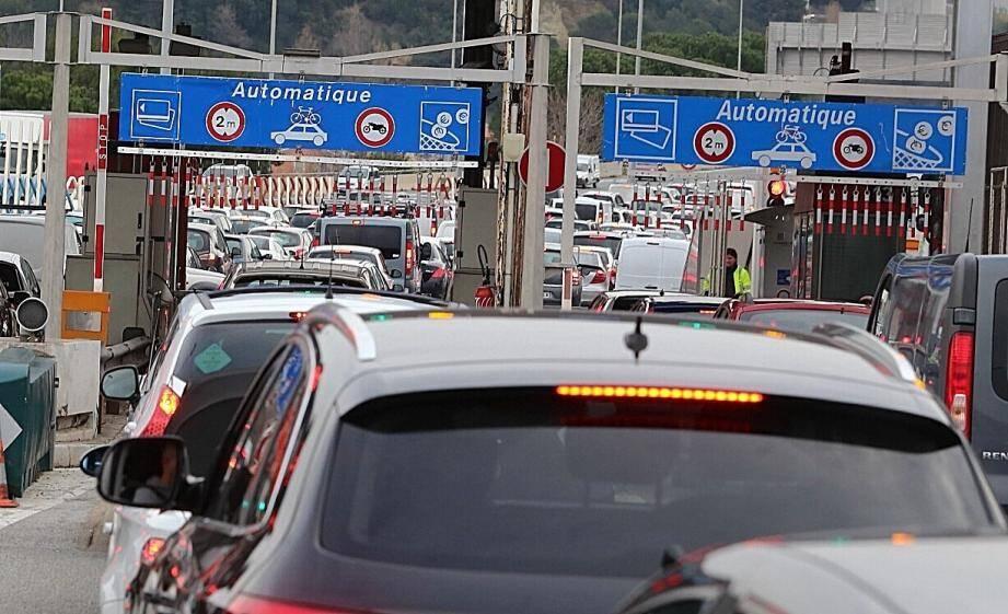 Trafic: bouchon de 10 km sur l'A8 après Nice