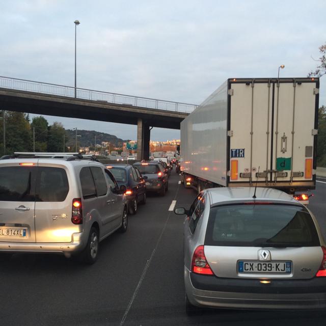 Info trafic: bouchon sur l'A8 de Nice à Cagnes après un accident