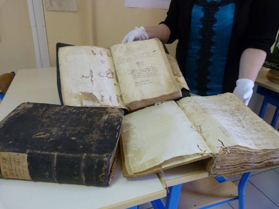 Les archives municipales ouvriront leurs portes. Les visiteurs pourront profiter de visites commentées.