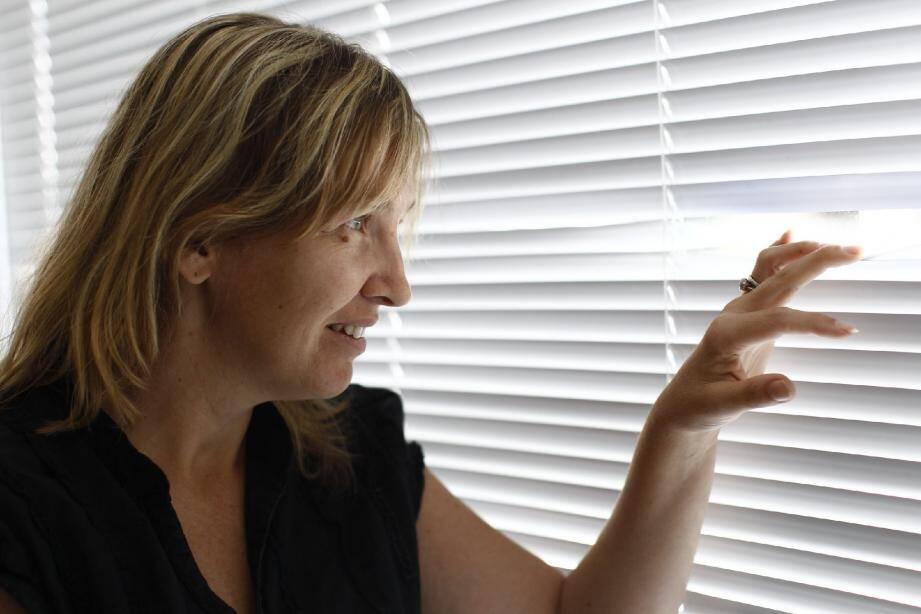 Emmanuelle Cantoni est prête à attaquer le Quai d'Orsay si celui-ci reste muet sur son recours déposé