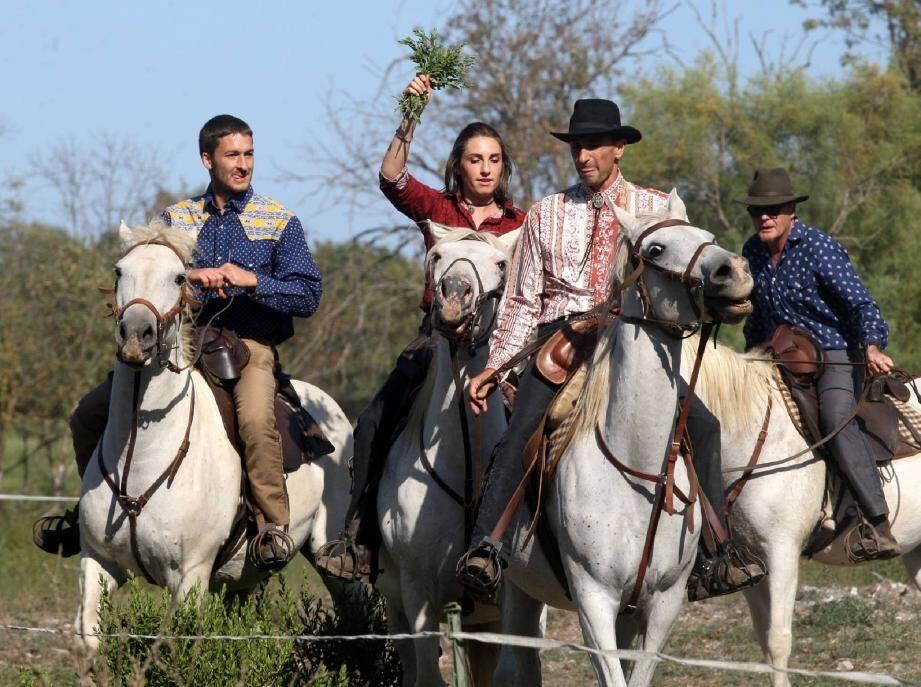 Séance de préparation du spectacle des cavaliers du haras hyérois Ange Blanc dimanche dernier à La Lieurette.