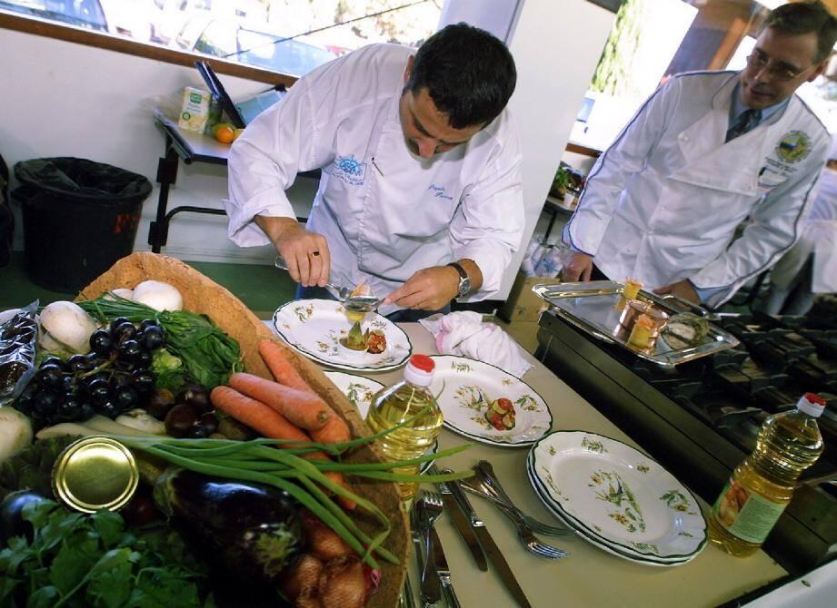 Chaque année, le salon du goût est l'occasion, durant quatre jours de découvrir des spécialités, des artisans, des mets délicieux et d'assister au travail des professionnels de la gastronomie