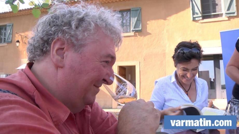 Cinq experts ont goûté une vingtaine de vins au château Thuerry à Villecroze.