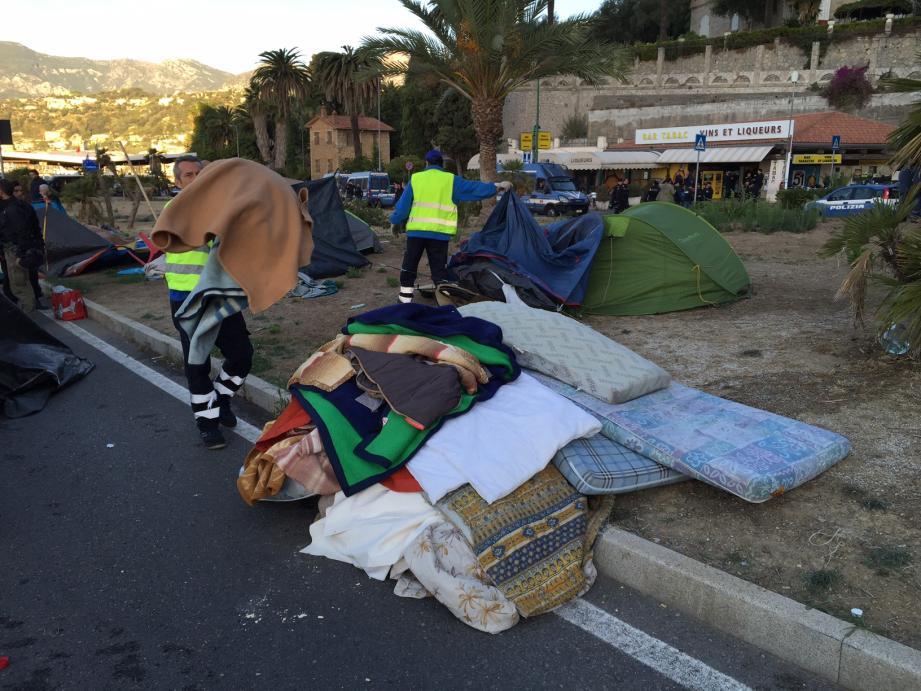 Le camp de migrants détruits à Vintimille