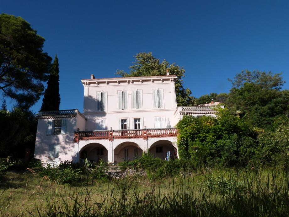 La villa Erymanthe.