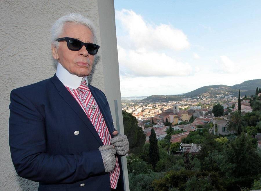 Karl Lagerfeld en visite de tournage à la villa Noailles