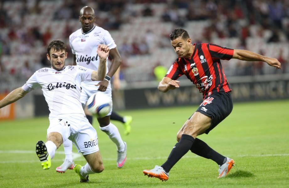 Hatem Ben Arfa sous les couleurs de l'OGC Nice.