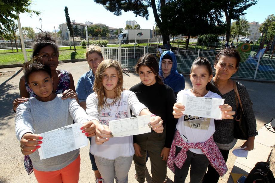Sélya, Célia, Sabrina et Chaïma ont écopé chacune d'une amende de 68 euros pour avoir crié dans un parc public. Sauf qu'il est interdit de verbaliser des mineurs de moins de 13 ans.