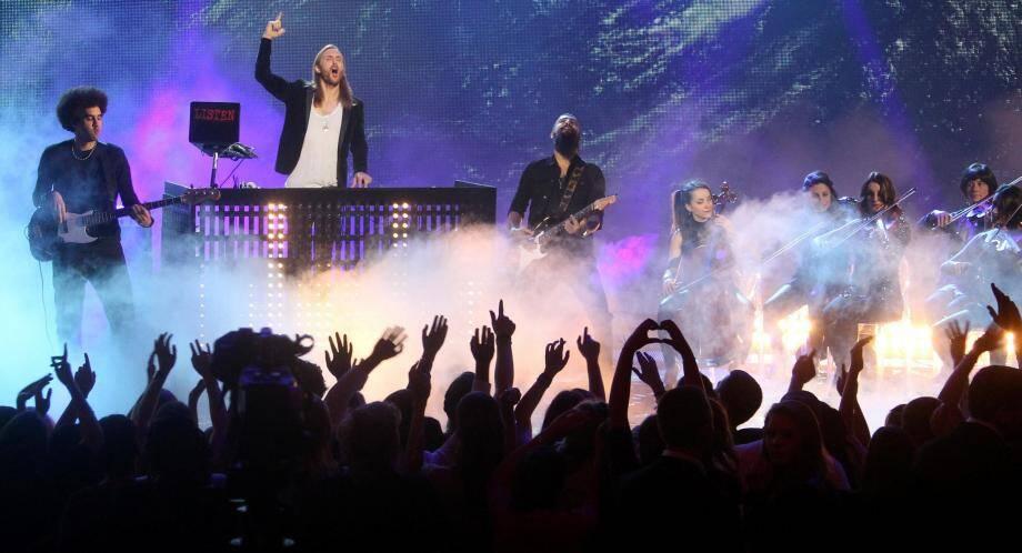 David Guetta sur la scène des NRJ Music Awards de 2014.