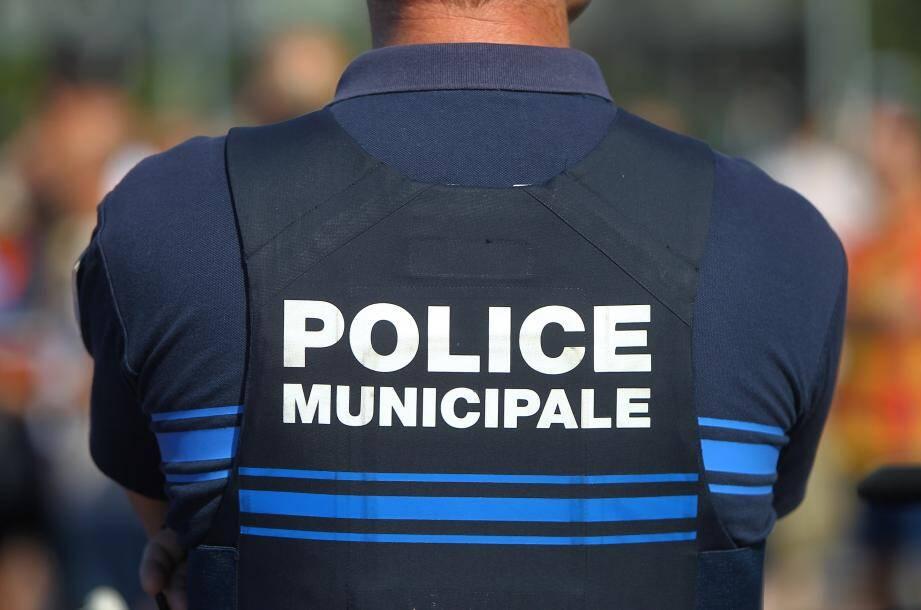 Des démineurs sont intervenus avec le concours de la police municipale.