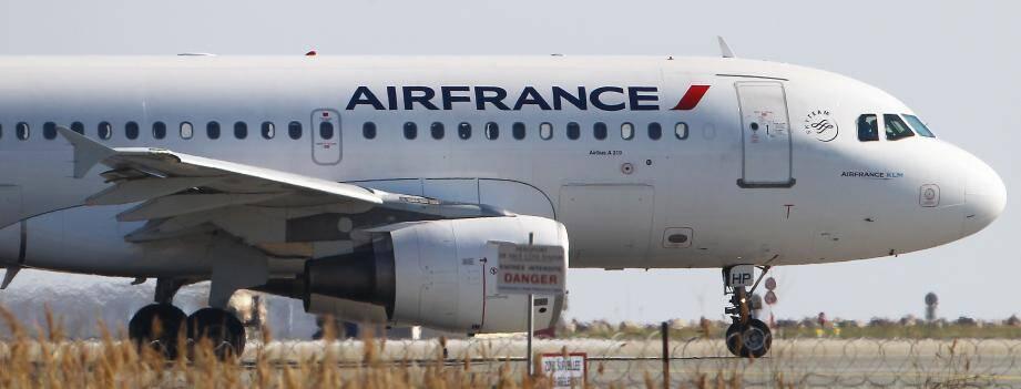 Un avion Air France à l'aéroport de Nice.