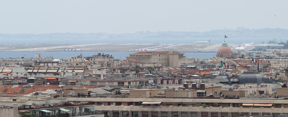 Une vue de l'aéroport de Nice Côte d'Azur.