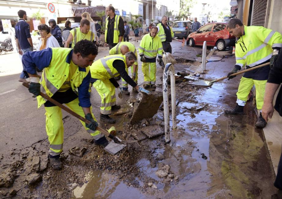 Inondations boulevard de la Republique