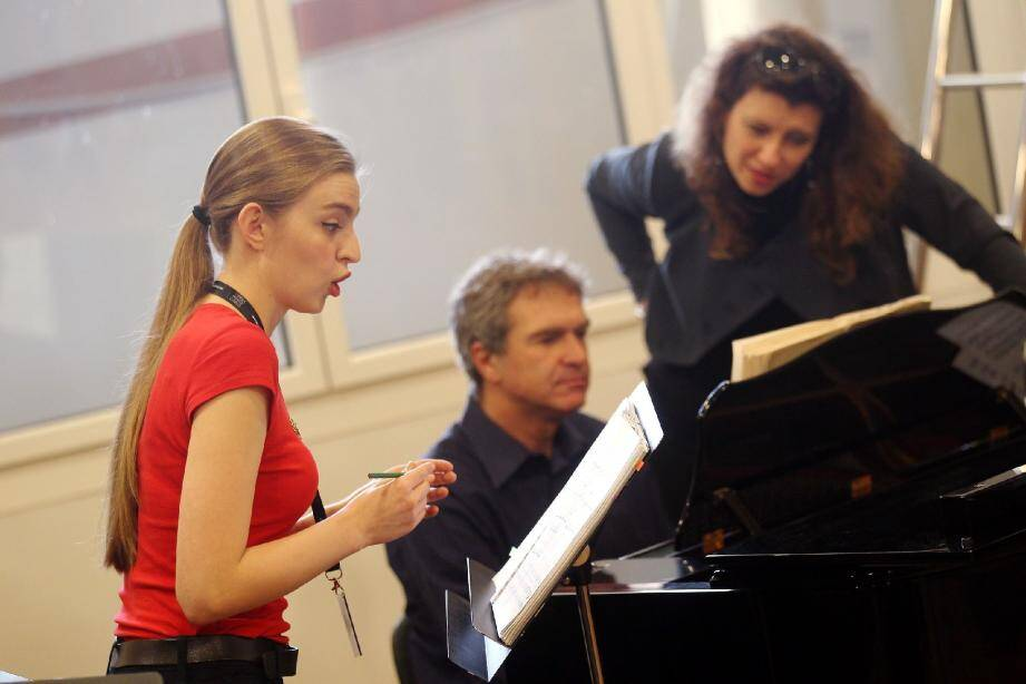 Dix jeunes voix russes  en formation à l'Opé - 30838547.jpg