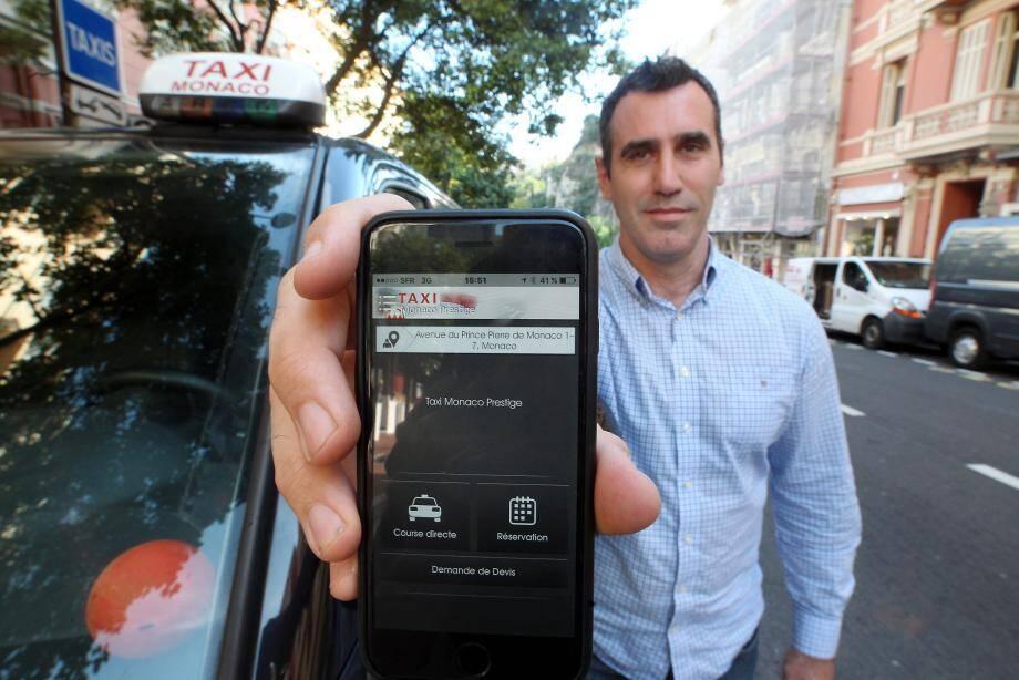 Jérémy Bottin, président de l'Association des exploitants de taxis indépendants de Monaco, présente la nouvelle application. Une révolution pour le client et pour le chauffeur.