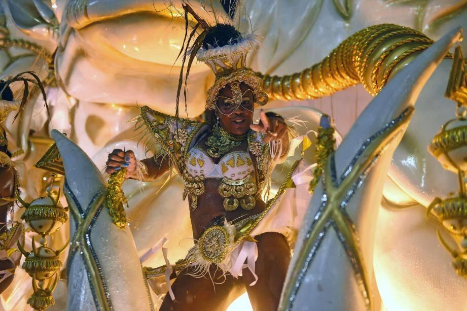 Show de samba à Rio.