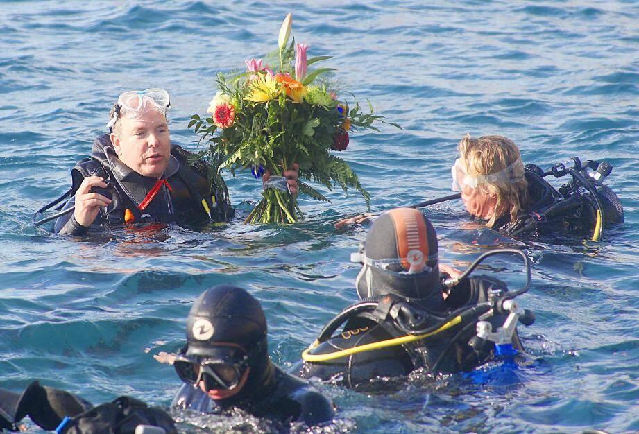 Prince Albert dans les eaux du Larvotto