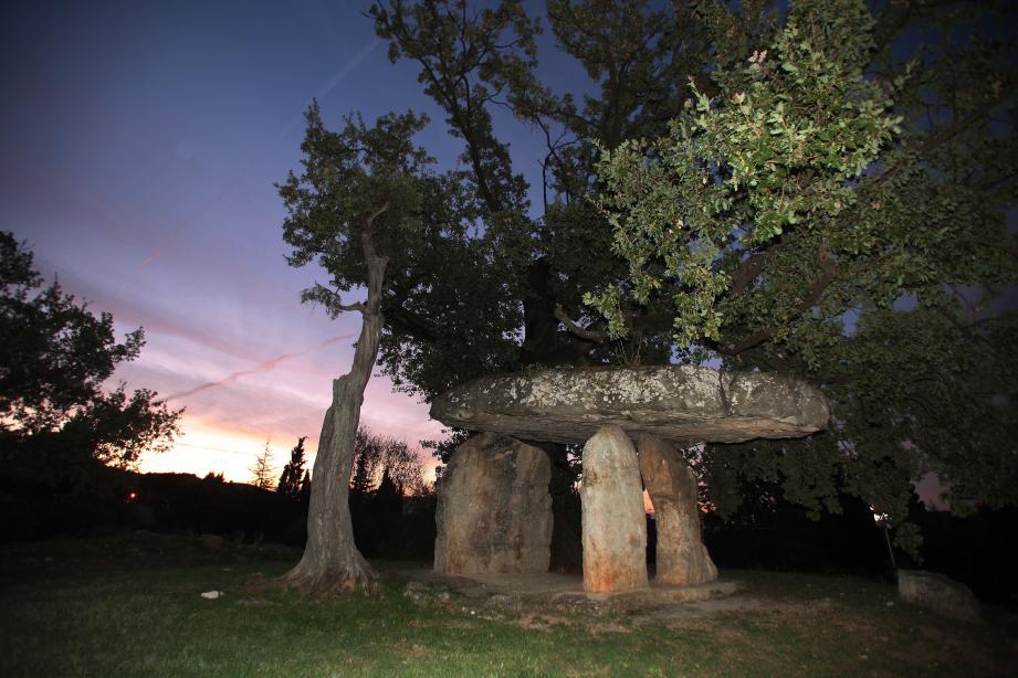 Le dolmen de la Pierre de la Fée, à Draguignan. Photo: C.Chavignaud
