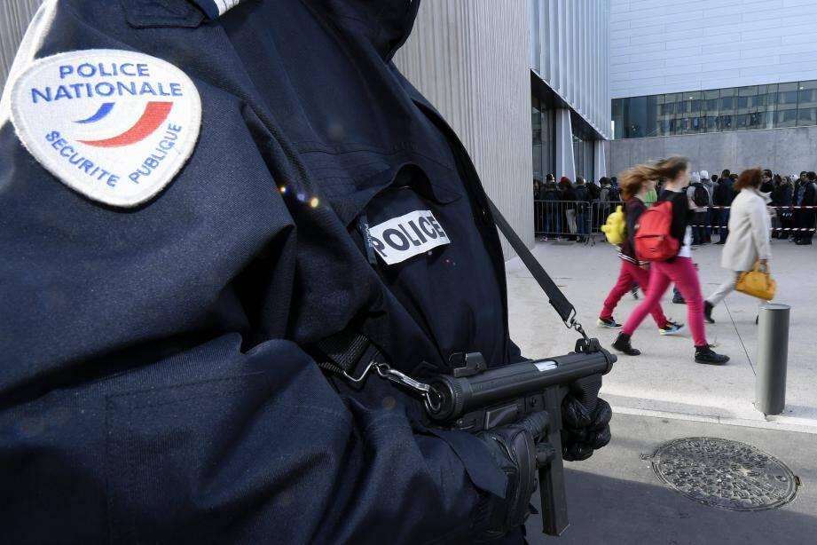 illsutration police attentas