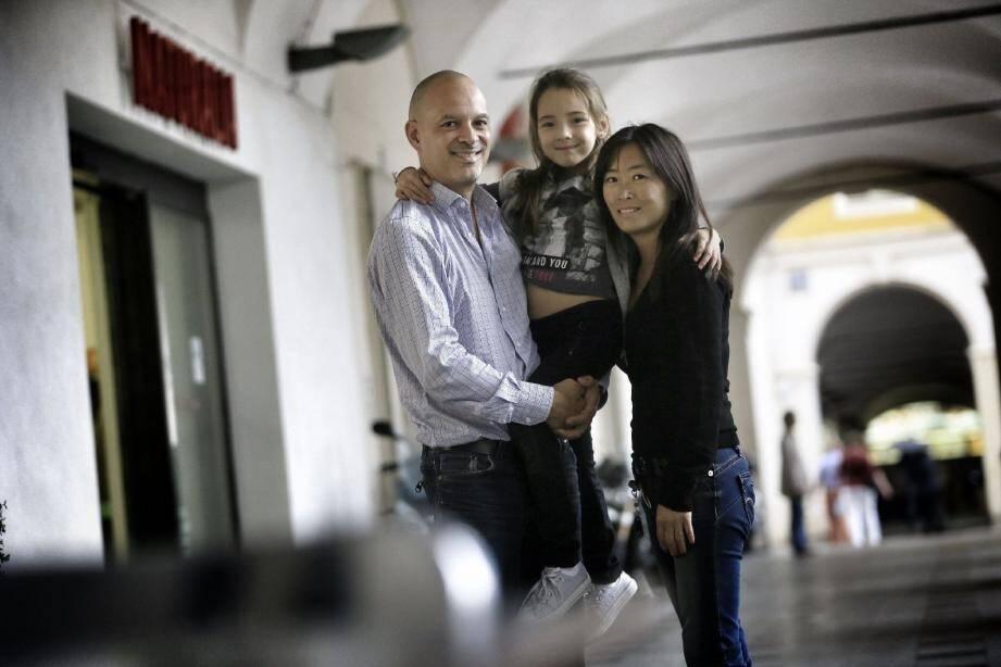 Une fillette niçoise était condamnée par les médecins, après s'être étouffée avec une Knacki ball : elle reprend aujourd'hui une vie normale. Une demande de reconnaissance de miracle a été formulée au Vatican.