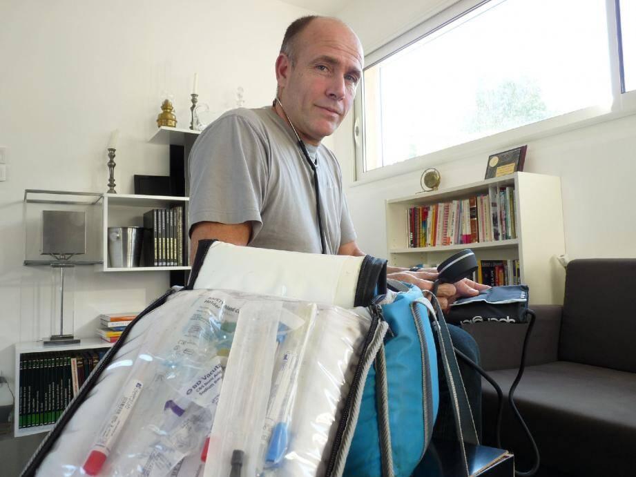 Pour Convergence infirmière83, Christophe Chabot dénonce une remise en cause totale du statut de libéral, dans la réforme de la loi santé.