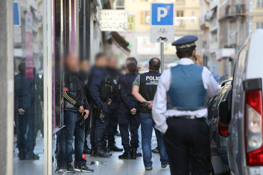 Perquisition ce mercredi après-midi dans le quartier Assalit, à Nice.