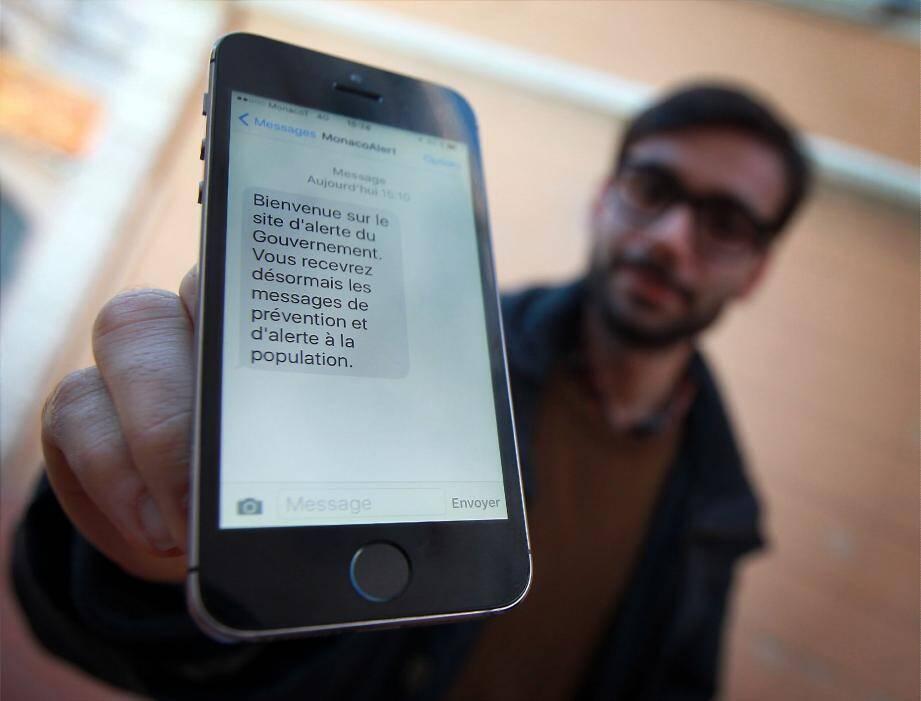 Le dispositif permet d'envoyer des messages et mails sur les téléphones des personnes inscrites.