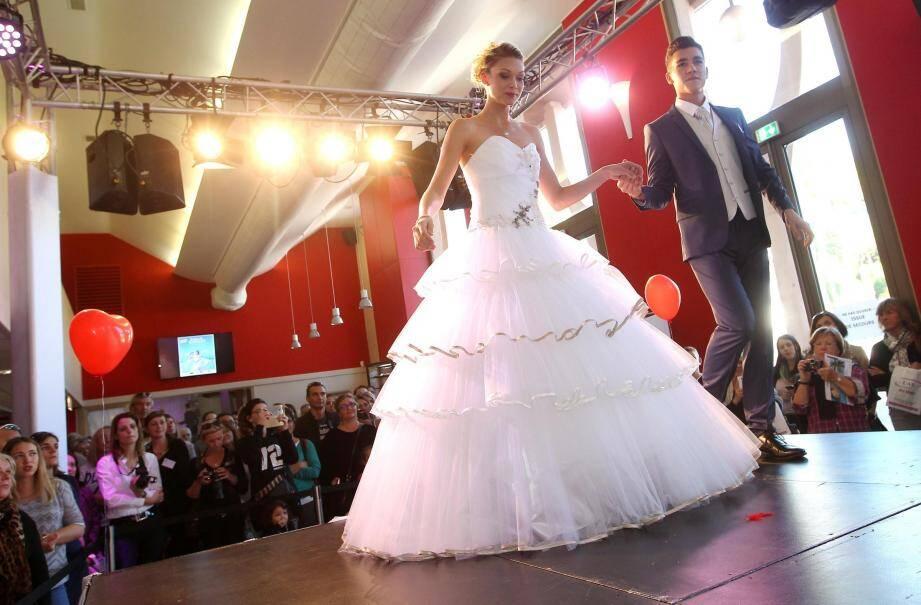 Pour découvrir les dernières tendances en matière de robes de mariée