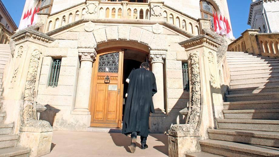 Le tribunal correctionnel a condamné l'employé de l'hôtel à trois mois de prison avec sursis.