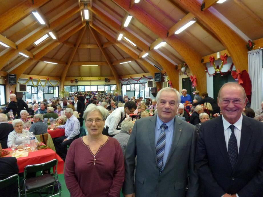 Autour de Jean-Pierre Vassallo, Valérie Tomasini et Jean-Claude Guibal, le repas des anciens du CCAS a rassemblé plus de 210 convives !