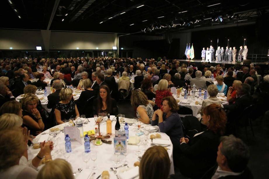 Au Centre Expo Congrès, plus de 600 personnes, représentant les associations et clubs mandolociens, ont fait la fête.