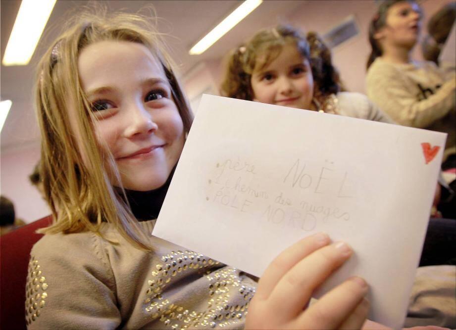 « 1, chemin des nuages - Pôle Nord », voici l'adresse à laquelle les enfants ont adressé leur liste de cadeaux.