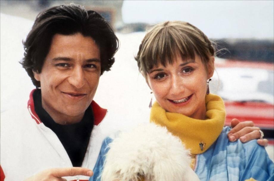 Si leur idylle de trente ans appartient au passé, Christian Clavier et Marie-Anne Chazel ont conservé une complicité intacte lorsqu'ils retrouvent leur « famille » du Splendid. (DR)