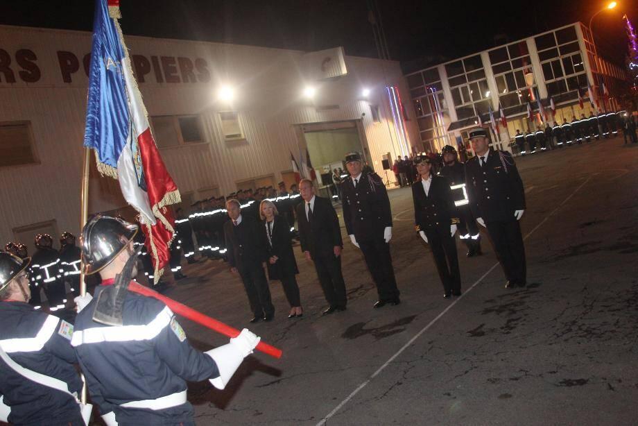 La cérémonie s'est déroulée hier soir en présence de nombreux élus ainsi que de représentants du service départemental d'incendie et de secours des Alpes-Maritimes.